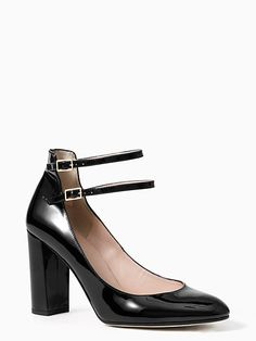 Kate Spade Baneera Heels In Satin Slipper Work Fashion, Fashion Shoes, What A Girl Wants, Minimalist Wardrobe, Designer Heels, Party Shoes, Holiday Outfits, Womens Slippers, Cute Shoes