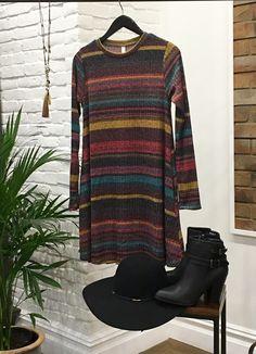 A dress as easy as Sunday Mornings! ✌🏼️🌻 $60 #ElanUSA #EasyAsSundayMorning #ShopAlb #ApricotLane $30 Scala Felt Floppy Hat $52 Black Bootie with buckles $30 Tassel Necklace