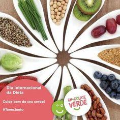 Hora da dieta hora de começar a semana com as melhores escolhas! Vá em frente e vença seu desafio. #MomentosChocolateVerde #saúde #alimentação #fitness #saudável #nopainnogain #dieta #receita #comidalight #Vida #lifestyle #MomentoChocolateVerde #feliz #happy #hour by canalchocolateverde http://ift.tt/1TukqKR