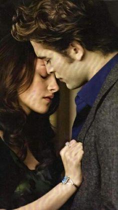 So cute... Twilight Saga New Moon, Twilight Quotes, Twilight Saga Series, Twilight Edward, Edward Bella, Twilight Pictures, Twilight Series, Twilight Movie, Edward Cullen