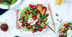 Lekka i bardzo zdrowa sałatka z tuńczykiem to świetny pomysł na smaczną przystawkę. Bruschetta, Salads, Ethnic Recipes, Food, Diet, Food Food, Essen, Meals, Yemek