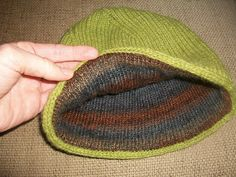 Knit a hat with a lining: