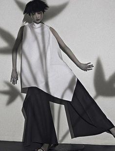 Yue Ning para Vogue Italia September 2014 por Sarah Moon ph.