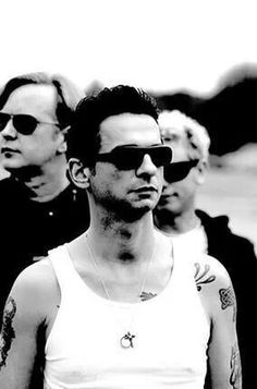 Depeche Mode Music Love, Good Music, My Music, Martin Gore, Great Bands, Cool Bands, Depeche Mode Violator, Alan Wilder, Robert Smith The Cure