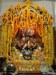 #magiaswiat #podróż #zwiedzanie #vrindavan #blog #azja #zabytki #swiatynia #indie #miasto #aszram #ganges #iscon #krishna Krishna, Indie, Blog, Blogging