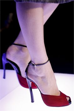 Giorgio Armani red open-toe Sandal ☆ Shoes Paris Haute Couture 2013 #Armani #Couture