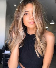 Brown Hair Balayage, Brown Blonde Hair, Blonde Hair With Highlights, Brunette Hair, Chunky Highlights, Caramel Highlights, Color Highlights, Brown To Blonde Hair Before And After, Face Frame Highlights