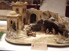 1 million+ Stunning Free Images to Use Anywhere Nativity House, Nativity Creche, Christmas Nativity Scene, Christmas Villages, Nativity Scenes, Christmas Cave, Christmas Crib Ideas, Christmas Holidays, Christmas Crafts
