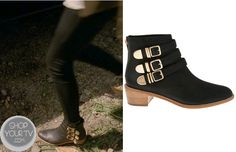 Zoe Benson (Taissa Farmiga) wears these black ankle boots with gold buckles in this week;s episode of American Horror Story (AHS) : Coven. They are theLoeffler Randall Fenton Leather Buckle Ankle Boots. You can buy them from a few places: … Continue reading →