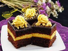 z cukrem pudrem: ciasto piernikowe z kremem dyniowym i powidłami