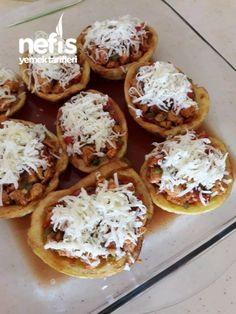 Muhteşem Kaşarlı,Tavuklu Patates Dolması Baked Potato, Feta, Waffles, Potatoes, Baking, Ethnic Recipes, Kitchen, Simple, Photography
