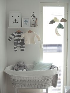 Kuistin kautta: Vauvan nurkkaus Baby Bedroom, Nursery Room, Baby Corner, Baby Room Design, Nursery Inspiration, Nursery Neutral, Kids And Parenting, Kids Room, Interior