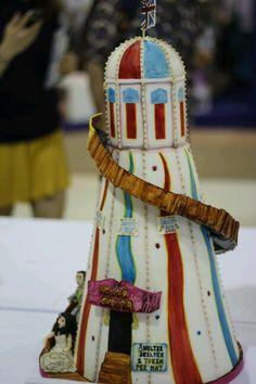Helter skelter funfair wedding cake