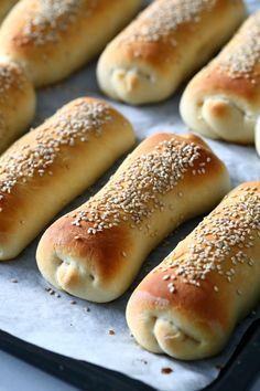 Hog Dog, Hot Dog Buns, Bread, Recipes, Food, Halloween, Drinks, Crafts, Diy