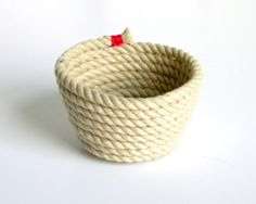 DIY Rope Bowl. Easiest tutorial ever for a rope bowl.