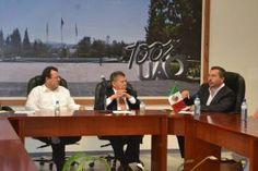 El Diputado Federal, Hugo Cabrera, fue testigo durante la firma de acuerdo de colaboración entre la Universidad Autónoma de Querétaro...