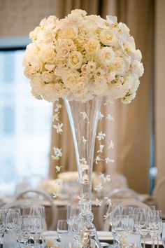 16 delightful white rose centerpieces images wedding centerpieces rh pinterest com