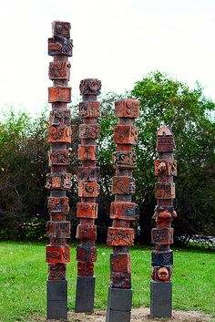 Totem Pole-Niles North Sculpture Project by Skokie Northshore Sculpture Park, via Flickr