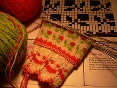 Estonian Reigi pattern, gloves