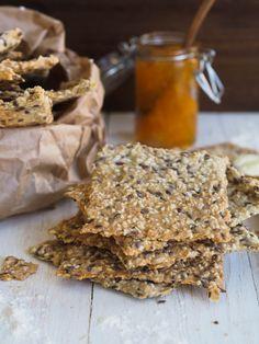 Knekkebrød er så lett å lage så da kan du like gjerne gjøre det selv! Grains, Brunch, Food And Drink, Breakfast, Morning Coffee, Seeds, Korn