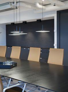 Moderne kontorlokaler, Oslo - Nyfelt og Strand Interiørarkitekter Oslo, Bespoke Kitchens, Conference Room, Table, Furniture, Home Decor, Modern, Decoration Home, Room Decor