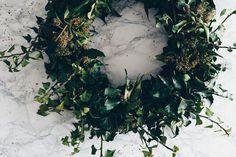 Efeukranz selber binden und machen, Anleitung, DIY, DIY für zuhause und für die Wohnung, Ideen für moderne und einfache Kränze, www.whoismocca.com