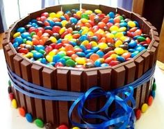 I made this for my boyfriends birthday he loved it but it is a whole lot of chocolate. I suggest have a lot of plastic baggies so everyone can have a bag of candy for themselves!
