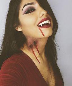 Sexy vampire for halloween  Pinterest @yakindayini