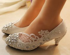 Lace wedding shoes/wedding shoes pearl/bling flat shoes/rhinestone ballet flats