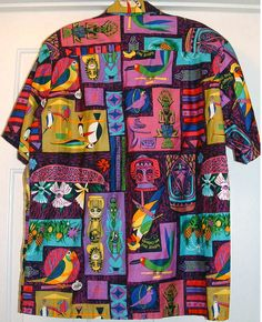 stuff from the park: Souvenir Friday- Enchanted Tiki Room Shirts - I want one for the hubs. Camisa Tribal, Nice Clothes For Men, Punk Fashion, Fashion Outfits, Camisa Vintage, African Tops, Tiki Room, Vintage Hawaiian, Looks Vintage