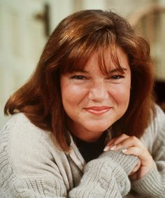 A gallery containing photo's of Mindy Cohn (Natalie Green). Family Tv, Family Show, Facts Of Life Cast, Mindy Cohn, Natalie Green, Comedy Cartoon, I See Stars, Short Neck, Life Tv