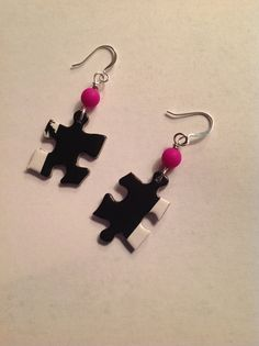 Puzzle piece dangle earrings black white fuschia by JewelryPizzazz