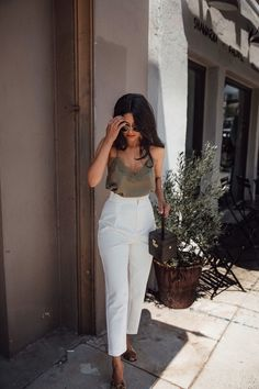 discover ideas about summer work outfits 54 Business Casual Outfits, Professional Outfits, Office Outfits, Stylish Outfits, Classy Chic Outfits, Business Attire, Office Attire, Casual Bar Outfits, Semi Formal Outfits
