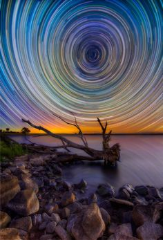 startrail wormhole. australia. lincoln harrison.