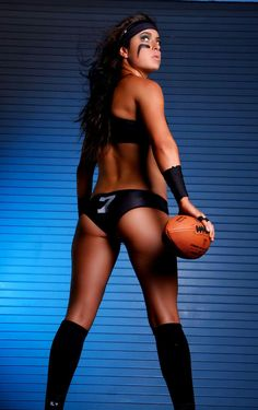 What does Seattle Mist signing of QB Michelle Angel mean for KK Matheny LFL era? X League, Seattle Mist, Legends Football, Football Pictures, Women's Wrestling, People Of The World, Female Athletes, Bikinis, Swimwear