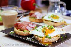 Mic dejun sănătos cu avocado în 10 minute