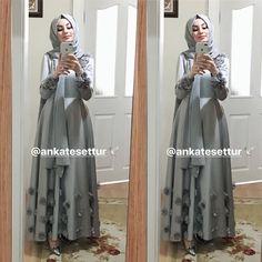 Skirt outfits hijab abayas 62 New ideas İslami Erkek Modası 2020 Muslim Dress, Hijab Dress, Dress Outfits, Abaya Fashion, Muslim Fashion, Fashion Dresses, Hijab Fashionista, Hijab Wedding Dresses, Eid Dresses