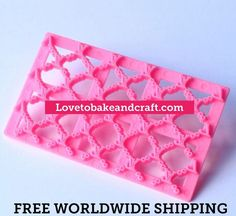 LV LOGO EMBOSSER LV HANDBAG CAKE LV QUILT EMBOSSER LV LOGO #LVCAKE #LVLOGO #LVDESIGNERLOGO #LVCUPCAKE #Lvfondant #LVGUMPASTE #LVHANDBAGCAKE #handbagcake #handbagcupcake #Lvembosser Material high quality food grade plastic Features Easy to use and clean Reusable non-stick