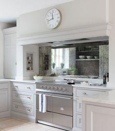 Gorgeous classic kitchen with blue French range and cement tile in blue grey. Kitchen Mantle, Home Decor Kitchen, Kitchen Living, Kitchen Furniture, Kitchen Interior, New Kitchen, Home Kitchens, Kitchen Ideas, Kitchen Hob