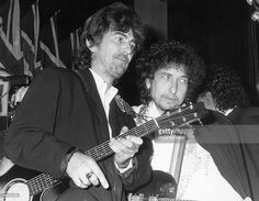Jan 20,1988 George Harrison and Bob Dylan at Rock & Roll Hall of Fame.