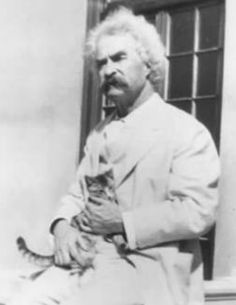 Mark Twain with his cats - 05