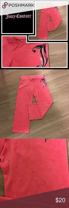 "Juicy Couture Pink Velour Pants 💕 Pre loved, cut the tags out but I think they were a medium - also has a small pen mark on one leg that's tiny - sooooo cute though! 26"" inseam Juicy Couture Pants"