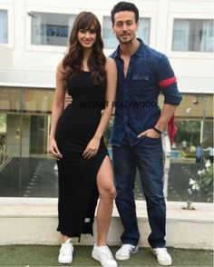Disha Patani with Tiger Shroff Bollywood Images, Bollywood Couples, Bollywood Stars, Bollywood Celebrities, Famous Indian Actors, Indian Actresses, Beautiful Bollywood Actress, Beautiful Indian Actress, Tiger Shroff Body