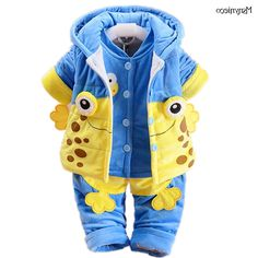 28.41$  Watch here - http://alioci.worldwells.pw/go.php?t=32749069370 - Infant Boys Clothes Sets Casual Warm Hooded Coat Cartoon Dinosaur Baby Warm Suits Jacket+Vest+Pant 3pcs roupa infantil menina 28.41$