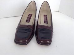 Etienne Aigner Women's Signature  Brown/Black Patent Leather Pump Shoes Sz 7.5 M #EtienneAigner #PumpsClassics