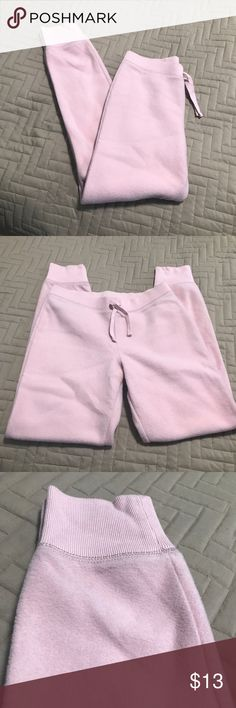 Gap - kids pink fleece sweatpants Gap - kids pink fleece sweatpants Drawsting Size 14-16 kids GAP Bottoms Sweatpants & Joggers