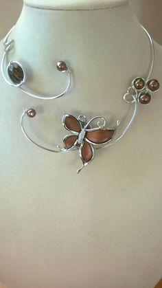 Butterfly necklace Brown jewelry Wedding by LesBijouxLibelluleJewelry OFF! Butterfly necklace Brown jewelry Wedding by LesBijouxLibellule Prom Jewelry, Amber Jewelry, Wedding Jewelry Sets, Copper Jewelry, Wire Jewelry, Body Jewelry, Jewelry Crafts, Jewelery, Wire Necklace