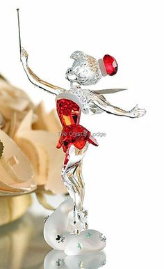 PicMonkey: Design That Works Disney Figurines, Glass Figurines, Swarovski Crystal Figurines, Swarovski Crystals, Tinker Bell, Cristal Art, Disney Collection, Disney Christmas, Christmas Gifts