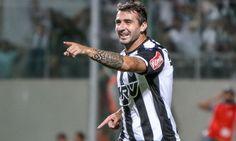 A torcida do Palmeiras está feliz pelo título do Campeonato Brasileiro e pode ter mais um fato para comemorar ainda em 2016.