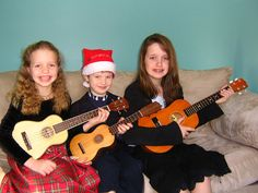 Learn Three Ukuleles Under the Christmas Tree on the ukulele. Ukulele, Third, Christmas Tree, Vintage, Style, Fashion, Moda, La Mode, Xmas Tree